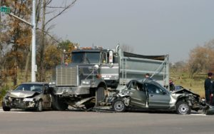 Sue for Chicago Illinois Truck Accident Injuries